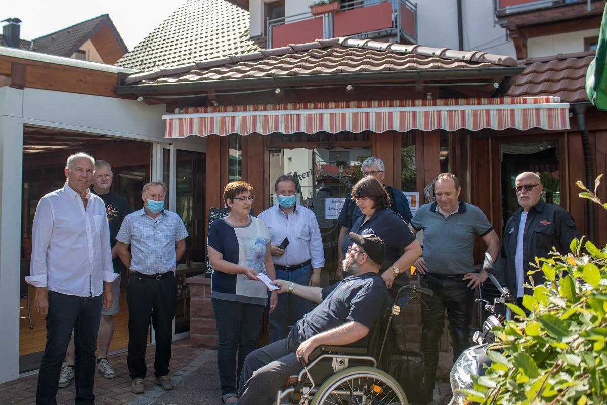 Motorradtreffen RWE Spendenübergabe