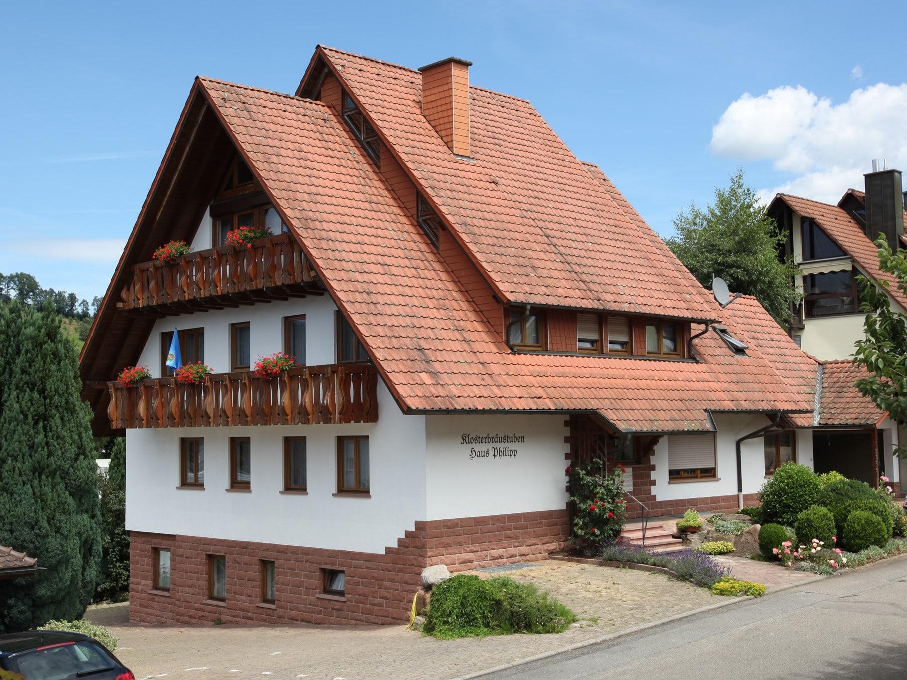 Haus Philipp mit Ferienwohnungen und Gästezimmern