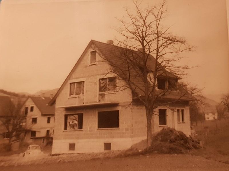 Chronikfoto vom Bau des Hauses Pension Gehring