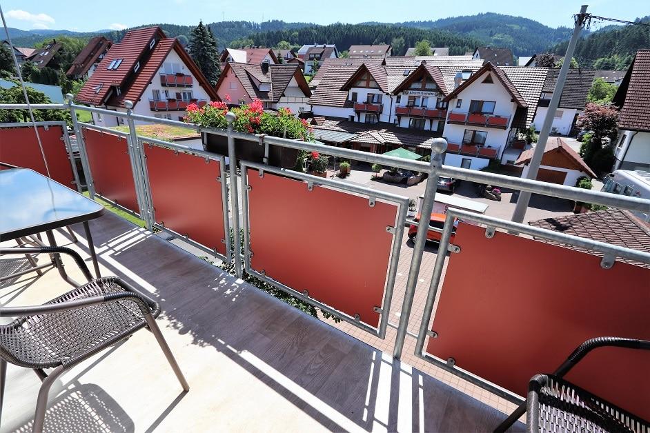 Ferienwohnung 404 Balkon