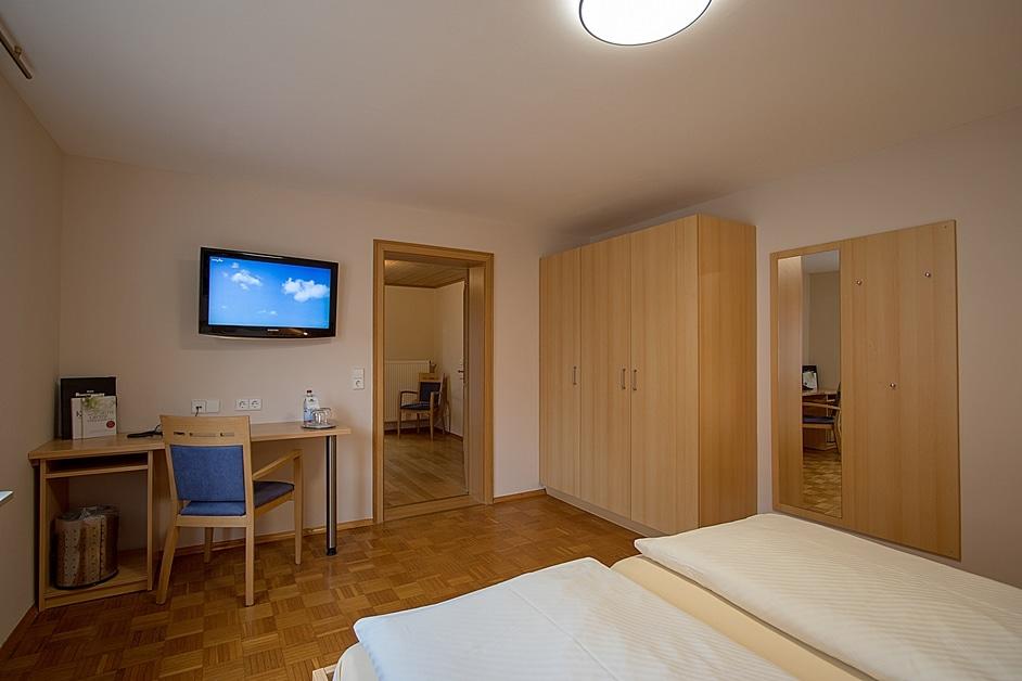 """Ferienwohnung """"Große Hahn und Henne"""" Schlafzimmer"""