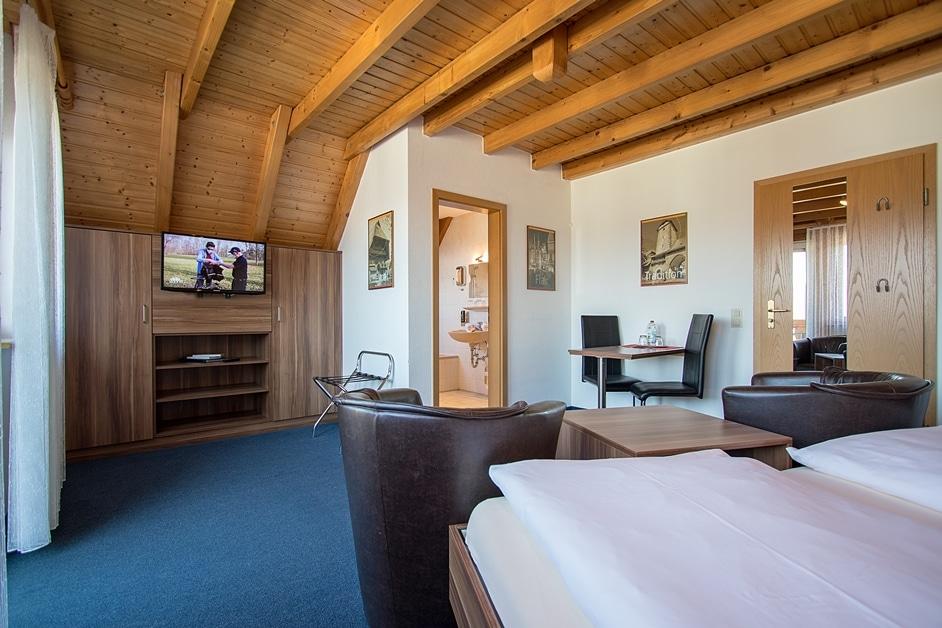 Ferienwohnung Städtleblick mit SAT-TV, Balkon und Bad mit Badewanne