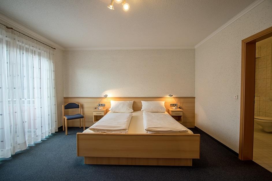 Rollstuhlgerechtes Hotelzimmer 315